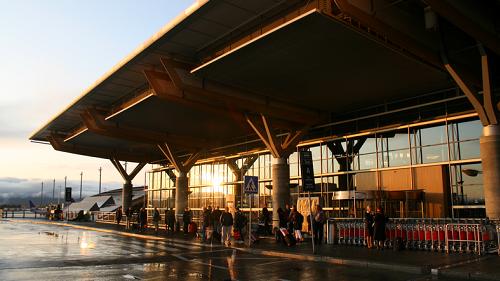 FI airport Oslo 500x281